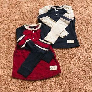 2 Gap Kids Long Sleeves Shirts